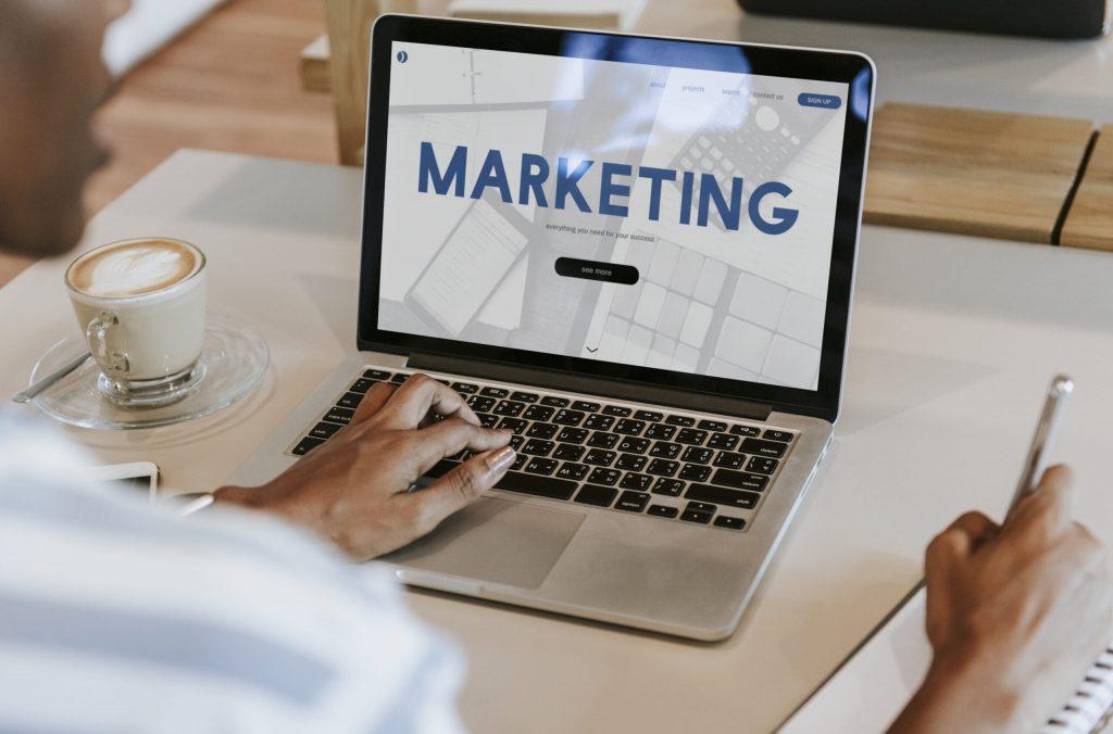 Tại sao nên sử dụng dịch vụ marketing cho Doanh nghiệp